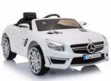 아이 Mercedes SL63는 차 장난감에 탐을 허용했다