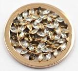 Olivgrüne Blatt-Münzen-Platte mit den Kubiksteinen befestigt mit Locket-hängenden Form-Schmucksachen