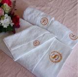 綿のホテルは表面タオルの製造を刺繍する