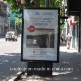 Publicidad de la cartelera puesta a contraluz película de papel mate al aire libre de aluminio del movimiento en sentido vertical LED de Lightbox de la película del PVC de los PP del camino de la calle