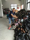 卸売によって使用される靴、販売のための秒針の靴