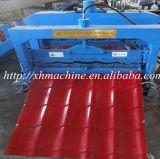 艶をかけられる鋼鉄によって着色されるステップ屋根を付けるシート成形機械(XH1100)に