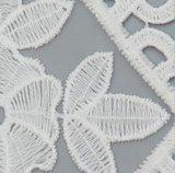 Blumen-Stickerei-weißes Spitze-Gewebe