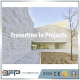 プロジェクトの壁のための白いですか極度の白くか赤いですまたはベージュTravertineの大理石の床タイルかフロアーリングまたはカウンタートップ