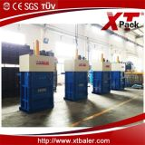 폐기 자료를 위한 선택적인 색깔을%s 가진 중국 Xtpack 작은 수직 Balier 기계