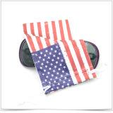 De enig-zijdie Zak van de Oogglazen van Drawstring Microfiber met Amerikaanse Vlag wordt afgedrukt