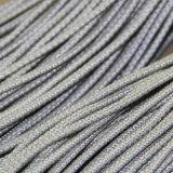 Riflettere i merletti della corda rotonda di stirata