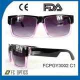 Lunettes de soleil carrées de lentille, lunettes de soleil carrées en plastique en gros, lunettes de soleil promotionnelles de plastique de Cp
