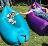 Sofa gonflable de sac d'air de sac de couchage de lieu de visites de Lamzac