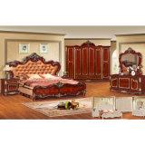 Schlafzimmer-Möbel mit antikem Bett und Garderobe (W802)