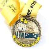 Heißer Effekt-königliche Medaille der Verkaufs-kundenspezifischer Gussteil-Goldkreuz-Andenken-3D mit Farbband