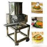 Mini pepite automatiche dell'hamburger che formano e che ricoprono la riga della macchina elaborante