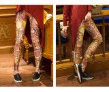 設計された配置プリントヨガのズボン