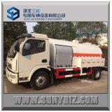 mini LPG carro del tanque de 5500L con el dispensador del LPG