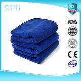 o absorvente elevado de 80%Polyester 20%Polyamide ostenta a toalha de limpeza de Microfiber