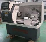 Torno pequeno do CNC do metal modelo quente para a venda Ck6132A