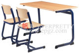 熱いSale School Furniture Double School TableおよびChairs Set