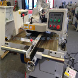 La machine de découpage en bois pour la déchirure a vu le travail du bois