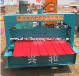 Roulis en acier coloré de panneau de toit formant la machine