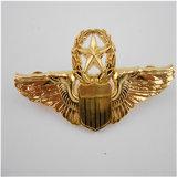 La insignia estampada esmalte por encargo del Pin Badges (GZHY-YS-018)