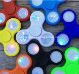 LED 손 방적공 LED 방적공 싱숭생숭함 방적공 핑거 방적공은 EDC 세 배 손가락 공기 알루미늄 금관 악기 구리 금 합금 방적공을