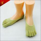 Einfache nach Maß Entwurfs-Dame-unsichtbare Socken