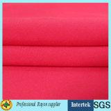 Weave liso de tela de rayon da cor contínua para o vestuário das mulheres