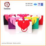 Мешок подарка бумаги покупкы формы сердца