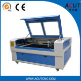 Laser-Gravierfräsmaschine CNC-Stich-Ausschnitt-Maschine