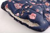 女の子のためのジャケットの下でキルトにされる印刷のベルベルの羊毛のライニング