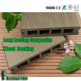 Decking en plastique en bois imperméable à l'eau de plancher du composé WPC pour la décoration de jardin