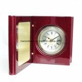 Reloj de cuarzo de madera brillante del vector del libro del final del piano del palo de rosa