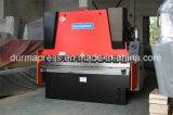 전동 유압 Synronous 압박 브레이크 We67k 300t/5000 CNC 구부리는 기계