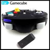 2.4G任天堂のゲームのGamecubeのGCのNgcコンソールのための無線ゲームのコントローラ