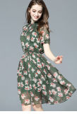 短い袖のプラント花によって印刷されるシフォンの適当なウエストの服