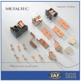 Alta precisión del relais que estampa piezas de perforación del metal