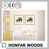 Cadre de tableau en bois de diplôme de dessin animé de bébé pour le décor de mur