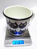 エナメルのハンドルのコーヒー・マグのミルクのマグのビールのジョッキが付いているエナメルのマグ