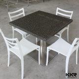 상한 둥근 돌 현대 단단한 지상 테이블