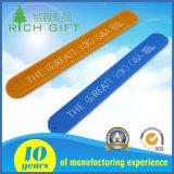 Браслет Wristband шлепка силикона изготовленный на заказ логоса отражательный резиновый для выдвиженческих подарков