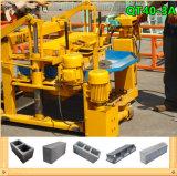 Piccola macchina concreta idraulica mobile del mattone dalla fabbrica del macchinario di Fuda