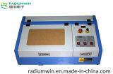 Производитель 3020 40W Mini CO2 Desktop для лазерной гравировки резки
