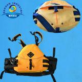 Желтый оффшорный спасательный жилет с конструкцией способа