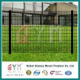 PVC上塗を施してあるオランダ鉄条網またはオランダの金網の塀かヨーロッパの塀