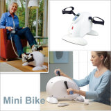 Mini entraîneur à la maison professionnel de vélo d'exercice magnétique pour des personnes âgées