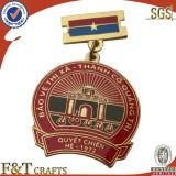 Crystal를 가진 Metal 상한 관례 만들어진 도가머리 Royal Crown Badge