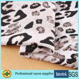 Tessuto di rayon stampato disegno del leopardo per gli indumenti delle donne