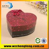 Símbolo do Coração de papel caixas de presente com placa de papel dura