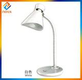 Bulbos instalados energy-saving do diodo emissor de luz da lâmpada de mesa do diodo emissor de luz da edição da juventude