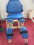 Máquina del ejercicio de pierna para los ancianos